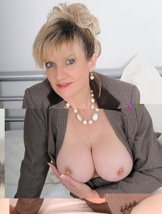 lady-sonia-alluring-blonde-office-girl