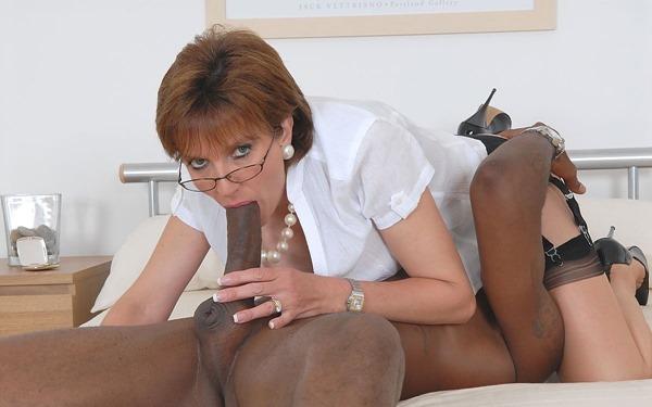 www.lady-sonia.com-black-cock-slut